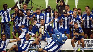 Jogadores festejam 29.° título do FCP
