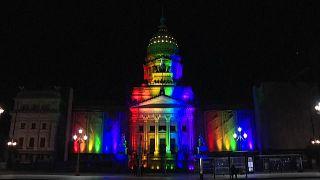Argentina celebra diez años de matrimonio homosexual