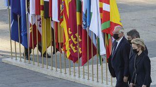 اسپانیا به همراه رهبران نهادهای اروپایی یاد قربانیان کرونا را گرامی داشت