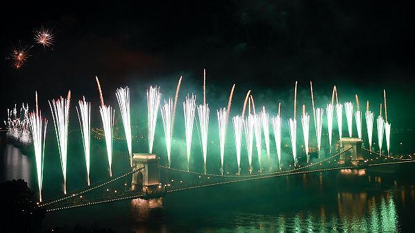 Tűzijáték a Duna felett Budapesten, 2018. augusztus 20-án