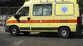 Eπίθεση με τσεκούρι στην Εφορία Κοζάνης - Τέσσερις τραυματίες