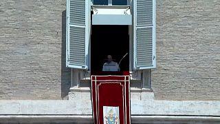 Ватикан: епископам рассказали, как реагировать на случаи педофилии в лоне церкви