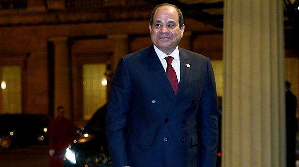 """السيسي: مصر """"لن تقف مكتوفة الأيدي"""" أمام أي تهديد للأمن المصري والليبي"""