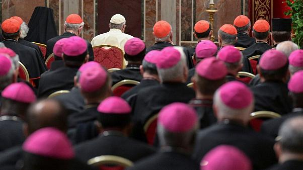 پاپ دستورالعمل تحقیق درباره آزار جنسی کودکان در کلیساها را صادر کرد