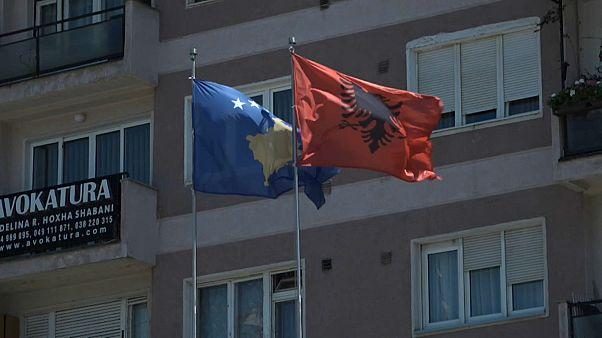 Wiederbeginn mit Zweifeln: EU vermittelt Gespräche zwischen Serbien und Kosovo