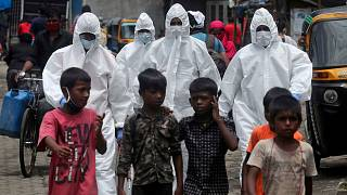 Dünyada Covid-19 vakaları hızla artıyor: Hindistan 1 milyonu geçen üçüncü ülke oldu