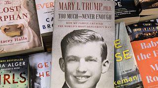 Le livre de Mary Trump, photographié dans une librairie de Brooklyn à New York, le 13 juillet 2020