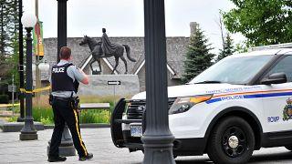 كندا: مقتل عجوز (73 عاماً) برصاص الشرطة في حادث يتعلق بارتداء كمامة