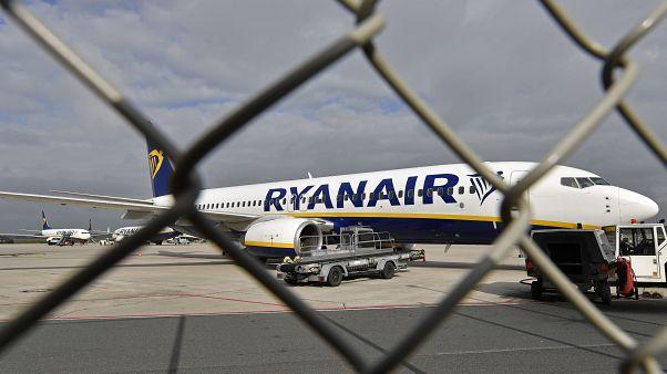 """هبوط اضطراري لطائرة تابعة لشركة """"راينن إير"""" في أوسلو بعد إنذار بوجود قنبلة"""