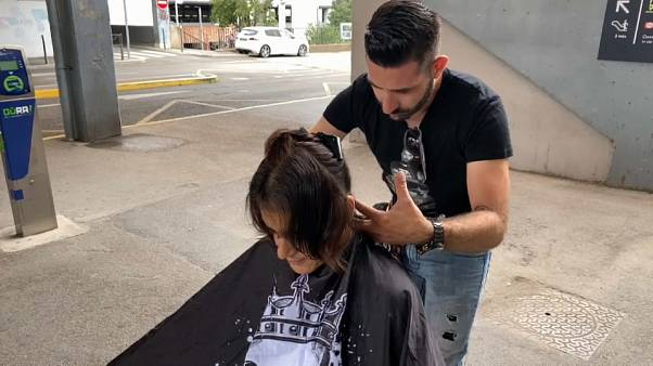 Kévin Ortega, le coiffeur solidaire des sans-abri