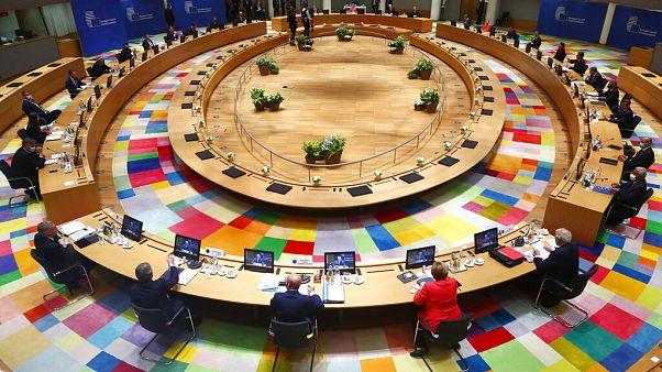 Vertice Ue, un passo avanti e uno indietro