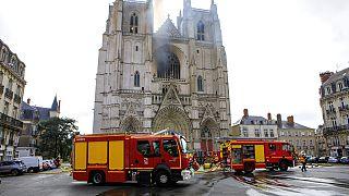 Feuer in Kathedrale von Nantes offenbar Brandstiftung