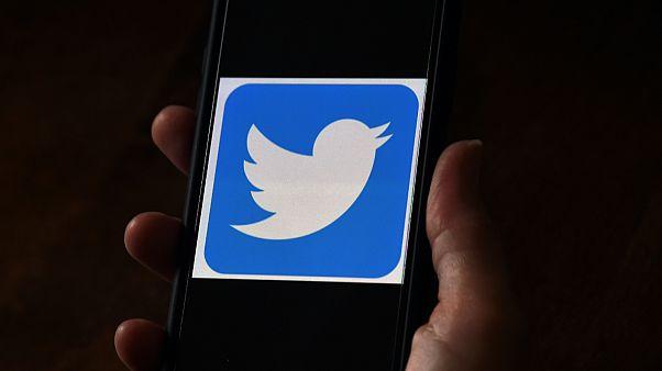 """تويتر يعتذر عن الاختراق الناتج من """"تلاعب"""" طاول عددا من موظفيه"""