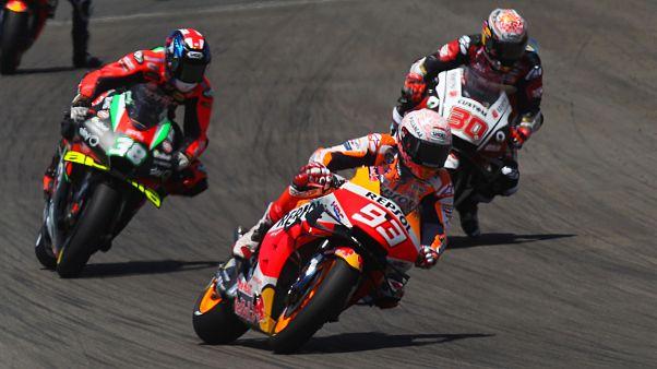 El español Márquez se fractura el húmero del brazo derecho en el Gran Premio de España