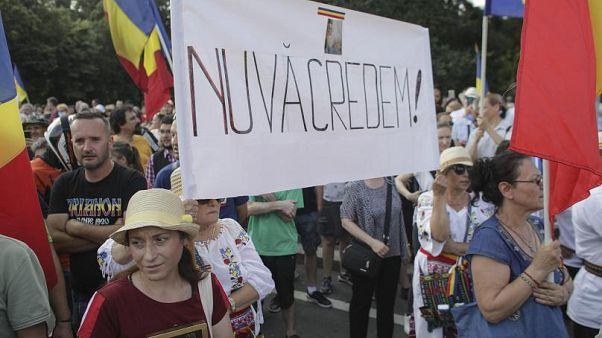 """""""Wir glauben euch nicht"""", skandierten diese Demonstrierenden in Bukarest"""