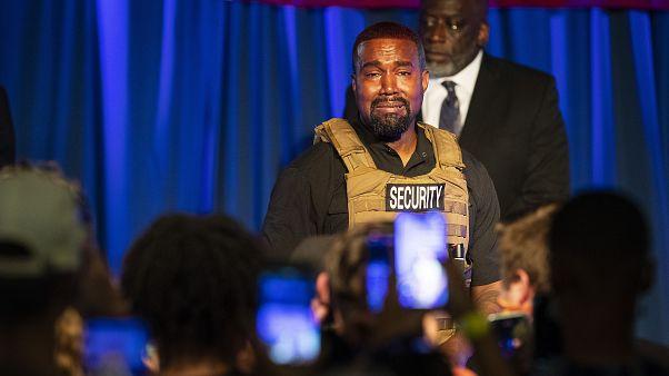 ABD'li rapçi Kanye West, başkanlık için başlattığı seçim kampanyasının ilk mitingini düzenledi.