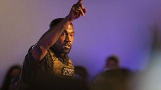 Kanye West entra ufficialmente nella corsa alla Casa Bianca