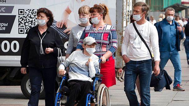 استفاده از ماسک در روسیه