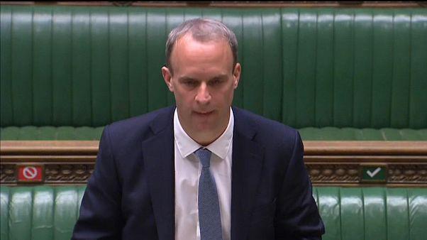 Nagy-Britannia felfüggesztette a Hongkonggal kötött kiadatási egyezményt