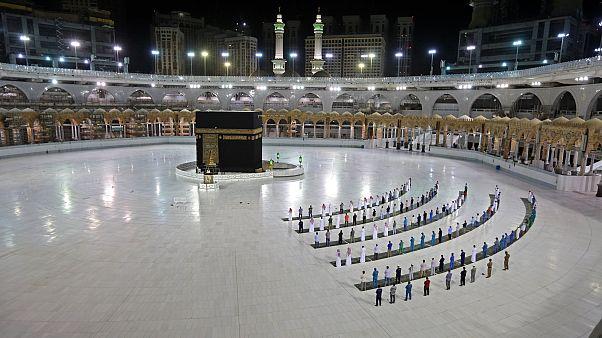السعودية نيوز |      السعودية تعلن بدء مناسك الحج في مكة بأعداد محدودة في 29 تموز/يوليو