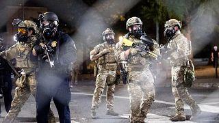 """Trump sfida gli """"anarchici"""", il Procuratore generale dell'Oregon fa causa al governo"""
