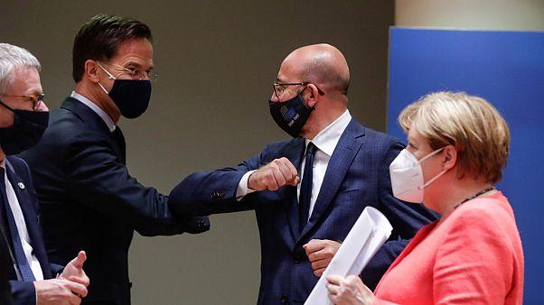 """قادة الاتحاد الأوروبي يتوصلون لاتفاق """"تاريخي"""""""