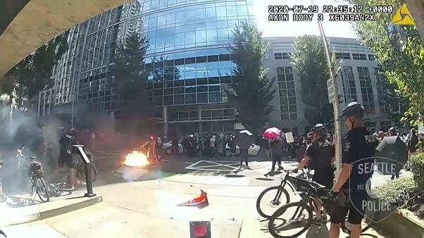 Столкновения полиции и манифестантов в Сиэтле