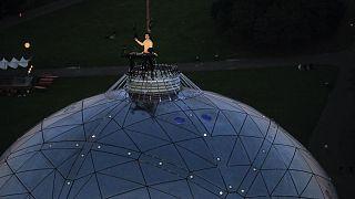 Corona-Konzert in Brüssel: DJ auf der Spitze des Atomiums