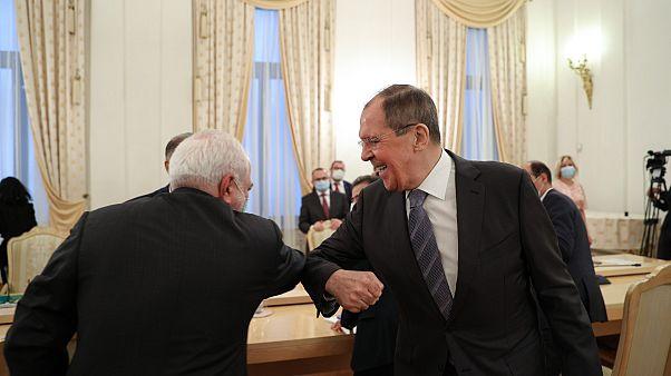 Rusya Dışişleri Bakanı Sergey Lavrov ve İranlı mevkidaşı Cevad Zarif
