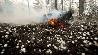 Fuoco e grandine: le foto degli incendi in California sono apocalittiche