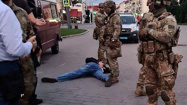 El presidente de Ucrania obligado a grabar un vídeo para poner fin al secuestro de un autobús