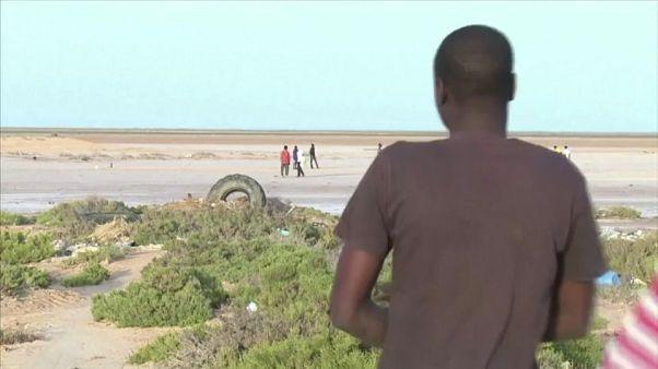 Chegam cada vez mais migrantes tunisinos a Itália