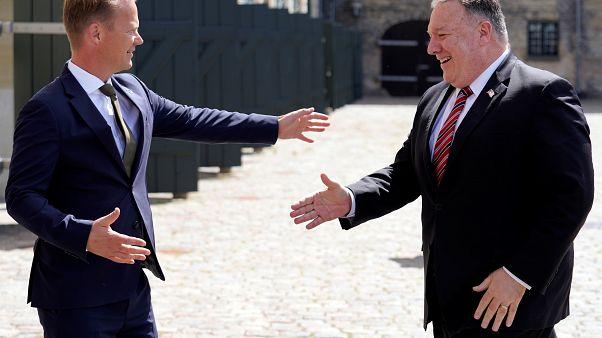 """Pompeo procura apoio da Europa contra """"ameaça"""" da China"""