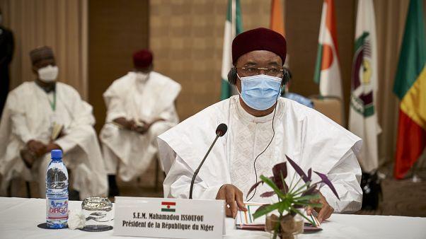 Mahamadou Issoufou, président du Niger à l'issue du sommet qui s'est tenu à Bamako au Mali, le 23 juillet 2020