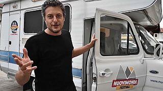 Fabio Gianotti fait du cinéma ambulant à bord de son camping car