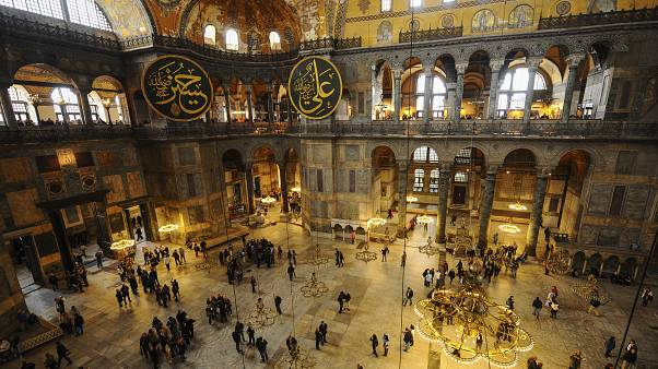 Накануне намаза: Эрдоган вновь посетил Айю-Софию