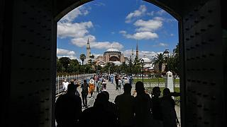 Presidente turco visita basílica de Santa Sofia na véspera da abertura