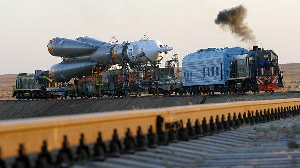 FILE PHOTO: the Russian Soyuz TMA-11 space ship at the Baikonur cosmodrome, Kazakhstan, Oct 8, 2007.