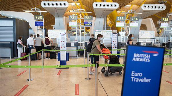 Βρετανία: Σε καραντίνα οι ταξιδιώτες από την Ισπανία