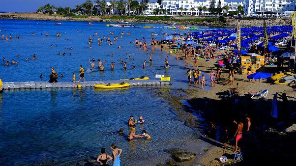 Μέτρα ασφαλείας στις παραλίες της Κύπρου