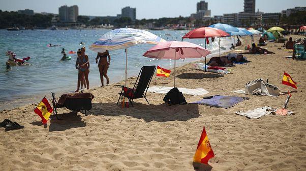 Großbritannien hat Spanien von der Liste der sicheren Länder gestrichen - ausgerechnet zur Hochsaison.
