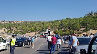 Mersin'de askeri araç devrildi:  5 asker hayatını kaybetti