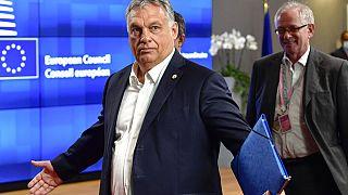 Евросоюз будет выделять деньги честным и демократам