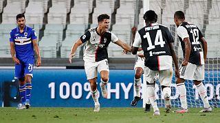 Ronaldo celebra o 31.° golo esta época na Liga italiana