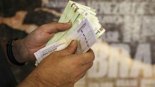 جهش ۶۱ درصدی حجم پول؛ نقدینگی اقتصاد ایران در بهار گذشته ۳۴ درصد افزایش یافت