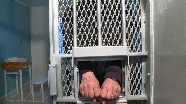 Nova lei para ex-detidos por terrorismo em França