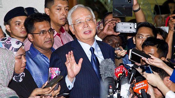 نخست وزیر سابق مالزی در کلیه اتهامات فساد مالی مجرم شناخته شد