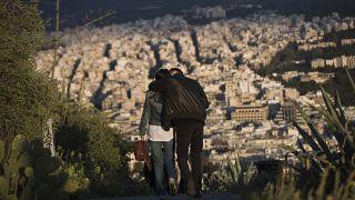 Ελλάδα: Πληροφορίες για το πρόγραμμα επανασύνδεσης νοικοκυριών με χαμηλά εισοδήματα στο ρεύμα