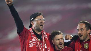 Klopp festeggia il titolo del suo Liverpool.