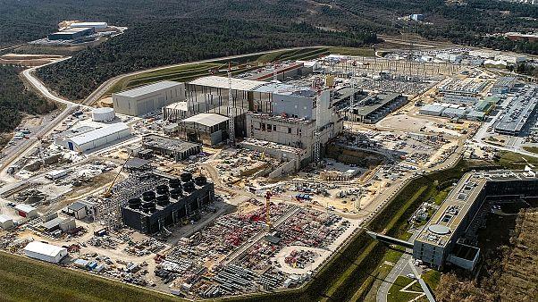 مفاعل إيتر لاندماج الهيدروجين في فرنسا